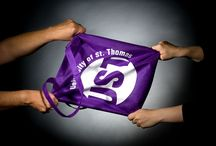 #TommiesAtTheFair / Everyone is always in search of the infamous purple bag at the Minnesota State Fair.  / by University of St. Thomas