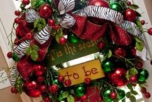 Crafty Wreaths / by Linda Flores