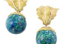 Fabulous earrings / by Gina Saunders