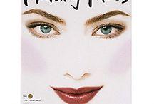 Makeup - My passion / by Daniela Cassar