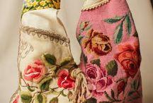 purses & bags / by Teresa Beauregard