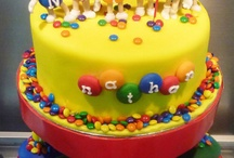 cake decorating ideas / by Michelle Vincent