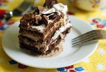 Cakes / by Helen Hagel