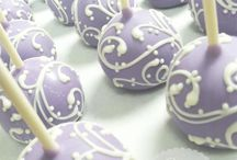 Cake pops / by Jessica Narron