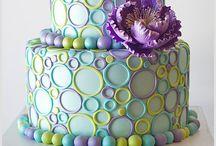 Cake Decorating / by Rachel Thompson