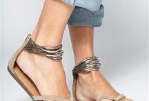Stylin' / #Style #Fashion #Women'sFashion / by Heather Spohr