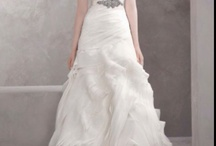 I Love Wedding Dresses / A collection of the most beautiful wedding dresses... / by NY Gets Wed