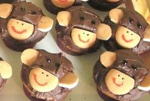 Monkey Party / Start to finish party planning ideas for a monkey themed birthday party or baby shower. / by Punchbowl
