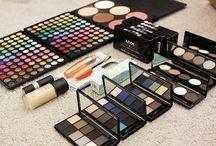 the Art of Make-up / by Samantha Maietta
