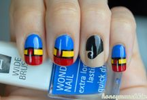 Super Hero/Super Villan Inspired Nails / by Ana Parada