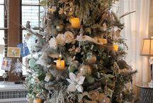 CHRISTMAS II / by Linda Staner