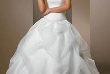 Wedding gowns / by Dana Rotman