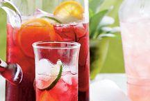 Drinks / by Veronica Velasquez