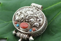 Jewelry Love / by Mollie Bryan