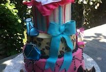 Cake Decorating ideas / by Sarah McRoberts