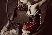 Vintage Burlesque / by Laura Moreira