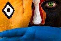 ABORIGEN NORTEAMERICANO / En recuerdo de los hombres que poblaron por primera vez Norteamérica. Los nativos norteamericanos. Unos hombres y mujeres sencillos, respetuosos e integrados completamente en su entorno natural. Unos pueblos ejemplares que de forma mayoritaria fueron humillados, exterminados, asesinados por pistoleros salvajes en nombre de una civilización basada en el poder, en el abuso de poder.... / by Jaume Vincles