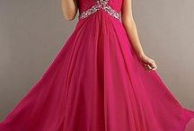 Dresses / by Bryonna Splane