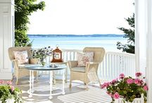 Beautiful Porch's / by Kim Chabert