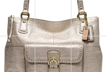 I Love Handbags / by Jayne Ferguson