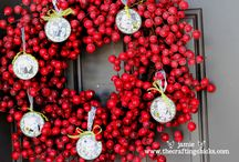 Christmas Crafts / by Kimberly Dwyer