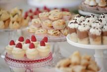 Desserts / by Joyce Lawrence