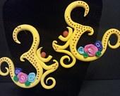 gauged polymer earrings / by Yolanda M. Rice, A.P, MSOM