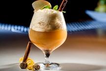 Cocktails / by Arielle Zuckerberg