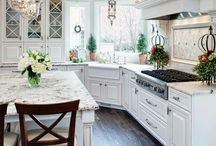HOUSE kitchen / by Melinda Jessie
