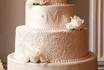 cakes / by Claire Bertolotti