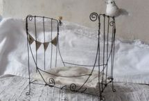 Decorations ♥️ Wire & Zinc / by Cinzia Corbetta