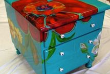 Painted Furniture / by Lisa Palmer