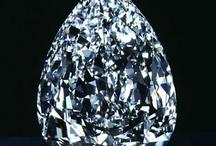Diamanté / All the Blings!  / by Vanda Medeiros