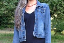 Grey Hair Inspiration / by Deborah Paredes