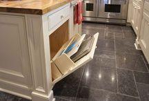 Kitchen Reno Ideas / by Carolyn Hedges