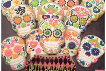 Day of the Dead Ideas / Dia de los Muertos is a Mexican holiday to celebrate in honor of those who have passed. Create a fall fiesta worthy of honoring relatives and friends who are no longer with us. / by Evite