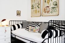 Bedroom Ideas / by Ana Tolvo