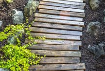 Priceless Pallet Ideas / by Stephanie Bramasco