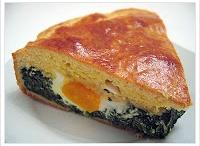 tartas,quiches,pasteles & tartaletas ohh my!!! / saladitos / by Alexandra R.