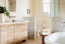 bathrooms / by Petra Guglielmetti