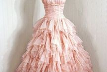 The most lovely dress!!!!! / by Kara Christensen
