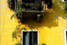 Balcony / by Linda Montes