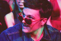 Josh Hutcherson / by Irma Ortiz