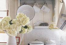 Kitchens / by Meredith Mackenzie Designs