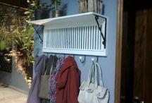venezianas de madeira armarios, portas, Janelas... / madeiras / by Liliane Rodrigues