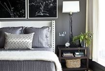 Bedrooms / by Tanja Johnson