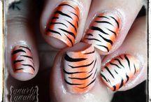 Nails / by Rossy Vazquez-Godoy