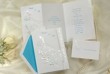 Calla Lily Inspired Wedding Invitations / Wedding invitations with Calla lily flowers in a array of designs and price ranges for every budget. Calla lilies are a traditional flower for weddings and add a touch of elegance to the wedding day. / by Wedding Bedazzle
