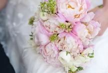 Fantastic Flowers / by Alta Moda Bridal