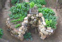Keyhole Gardens  / by Urban Gardens